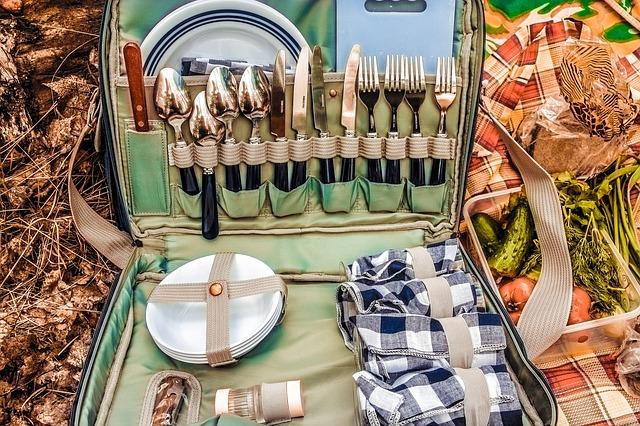 kufr na nádobí