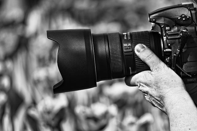 profesionální fotoaparát.jpg